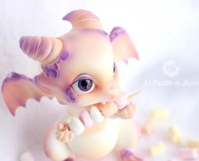 GumGum Rot Aileen Doll