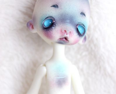 Sleepy doll chateau bjd tim burton makeup style creature